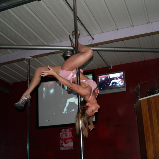 sally ann giles pole dancer, runner up of the essex pole dancing competition 2008