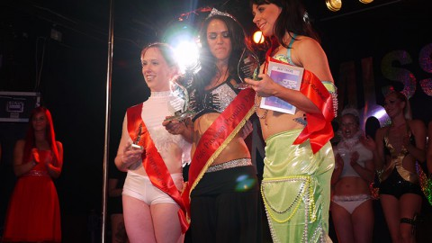 Sarah Scott is Miss Pole Dance 2012!