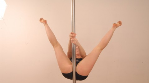 Pole Dance Move: Hello Boys